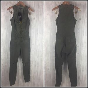 252084699e8 Guess Pants - Guess Sz 2 Maxine Zip Up Jumpsuit Army Green NWT